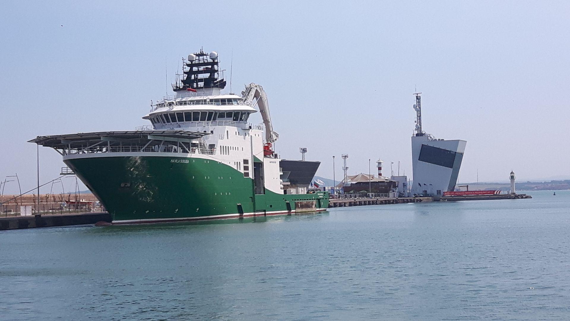 "В Пристанище Бургас акостира научноизследователският кораб ""Havila Subsea"""